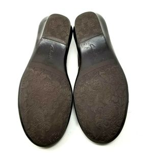 Clarks Shoes - Clarks womens flats size 8.5 brown